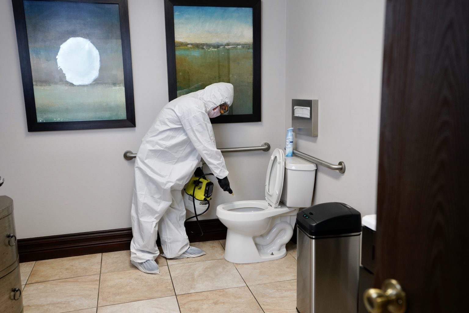 Job's disinfection of the facilities