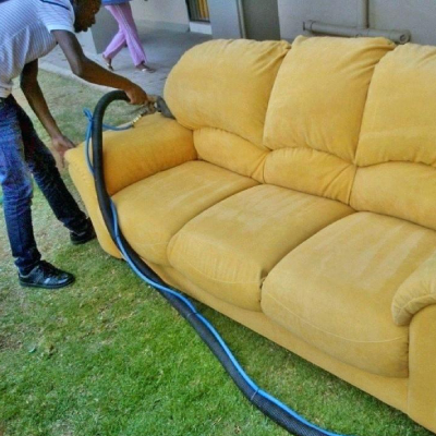 professsional sofa cleaning
