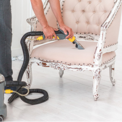 sofa cleaning by steam cleaner